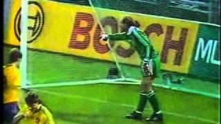 Thomas Ravelli hält Linekers Kopfball (1989)