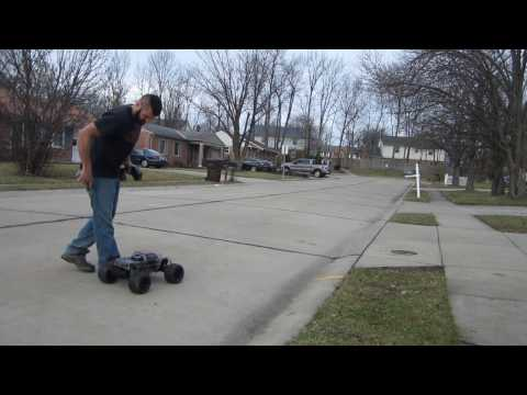 Video HPI SAVAGE LRP 30 shakedown run download in MP3, 3GP, MP4, WEBM, AVI, FLV January 2017