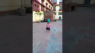 Little Baby  || Jaya || First time Using her foot for running in Patna Musium.