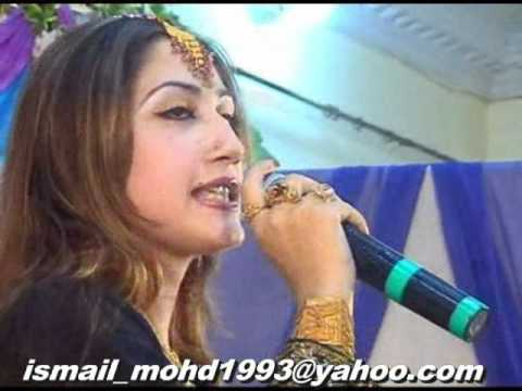 Pashto New Song 2010-2011 Chrtha Baran Nashi By Urooj Mohmand at Musafar Award Show 2010