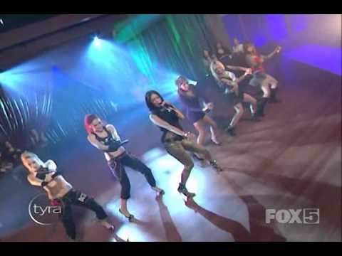 Pussycat Dolls – Buttons Live At Tyra Banks Show