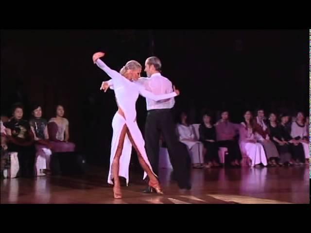 Riccardo Cocchi & Yulia Zagoruychenko - Rumba