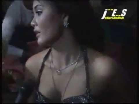 Download Video Dangdut Hot Buka BH Dan CD Goyang Saweran