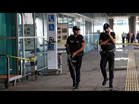 Τουρκία: Οι αρχές συνθέτουν το παζλ του μακελειού στο αεροδρόμιο «Ατατουρκ»