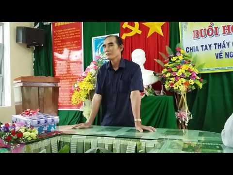 Chia tay thầy Lê Văn Hòa về nghỉ hưu