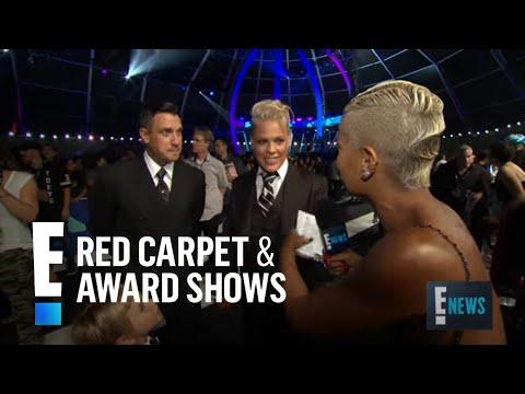 P!nk Spills on Receiving Vanguard Award | E! Red Carpet & Award Shows