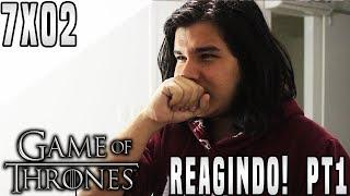 O vídeo de hoje será a primeira parte da minha reação assistindo o episódio 2 da Sétima Temporada de Game of Thrones: Stormborn. Na primeira parte vemos Jon descobrindo sobre Dragonstone e Daenerys, vemos Sam tentando tratar de Jorah e vemos Daenerys lidando com seus vassalos!Compilação de Reações que Apareço! (Aos 10min) - https://www.youtube.com/watch?v=UXeUbbJQQ2g&t=684s► LINKS E REDES SOCIAISCanal Principal: https://www.youtube.com/user/TheDanielsSkMeu Twitter: https://twitter.com/TheDanielsSkMeu Instagram: http://instagram.com/TheDanielsSkPágina no Facebook: http://www.facebook.com/TheRealDanielsSkPara Contato Profissional: contatodaniels@gmail.com!