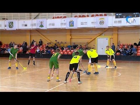 В столице региона стартовал 3-й Международный юношеский турнир по флорболу «UNIHOC RUSSIA CUP 2017»