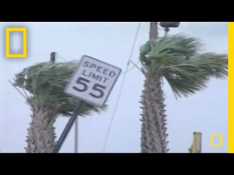 Hurricane Katrina Day by Day | National Geographic