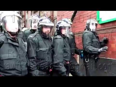 La police de Rotherham arrête douze Anglais dans le cadre d'une manifestation de l'EDL