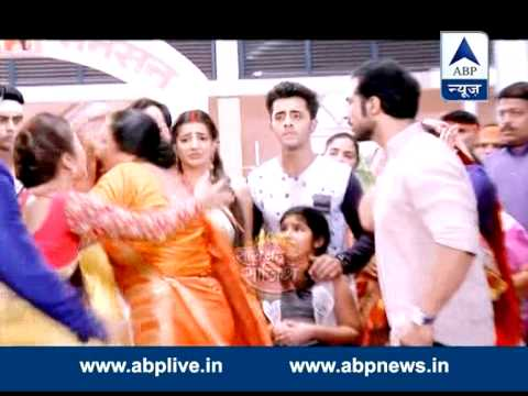 Video Tension increases on the sets of Saath Nibhaana Saathiya download in MP3, 3GP, MP4, WEBM, AVI, FLV January 2017