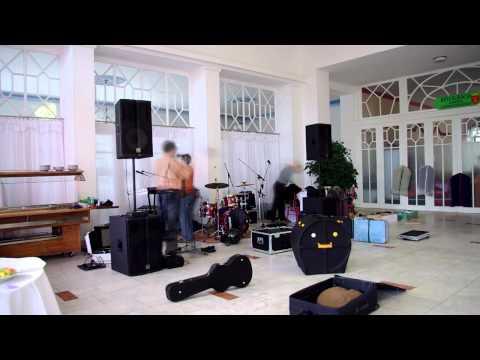 Rozkladanie aparatúry kapely ESPRIT