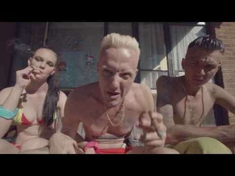 Video DIE ANTWOORD - BABY'S ON FIRE (OFFICIAL) download in MP3, 3GP, MP4, WEBM, AVI, FLV January 2017