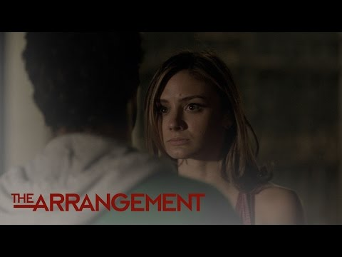 Megan Morrison Gets Attacked in Venice | The Arrangement | E!