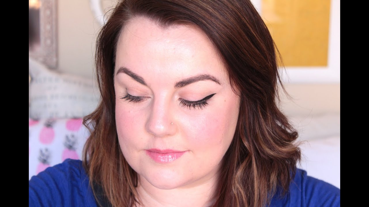 Quick winged eyeliner tutorial