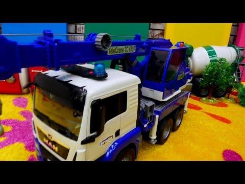 Tolle Spielzeugautos - McQueen stellt uns die neuen Fahrzeuge von Bruder vor