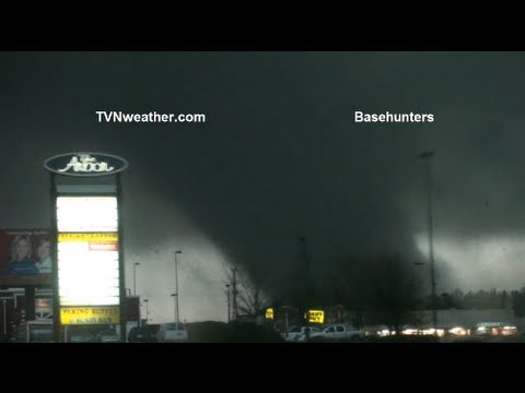 videos - One of the most intense, up-close tornado videos I have ever seen! Footage of the Hattiesburg, EF4 tornado on February 10, 2013, as BaseHunters chaser Scott ...