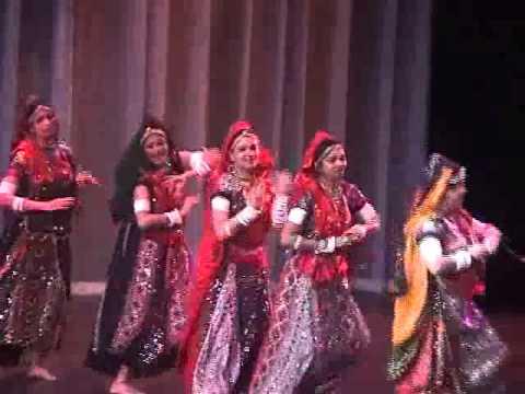 Video Rangeelo Maro Dholna - Deepti Sami & Team - Bollywood Beats download in MP3, 3GP, MP4, WEBM, AVI, FLV January 2017