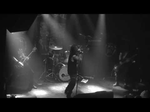 Back in Tilburg after slaying Roadburn in 2012: DOOM live @013 on sunday afternoon. #incu13 [video]