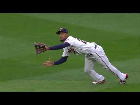 Byron Buxton Defensive Highlights 2017 (Minnesota Twins)