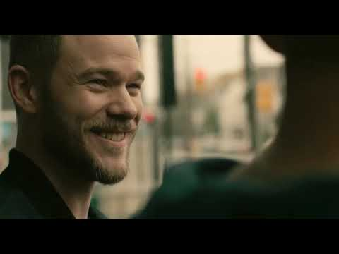 Aaron Ashmore in 22 Chaser