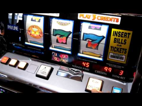 IGT S2000 Triple Butterfly Sevens Slot Machine