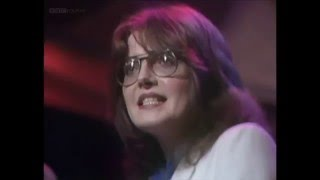 Susan Fassbender u200e– Twilight Café (Top Of The Pops 1981) There are one or two countries that this particular video cannot be viewed in due to copyright: Alan...