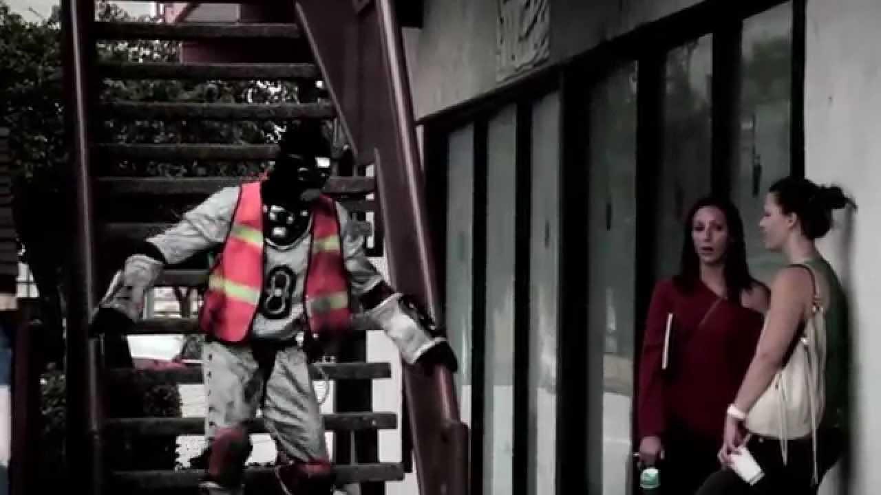 L'Orange & Kool Keith –The Wanderer (Video)