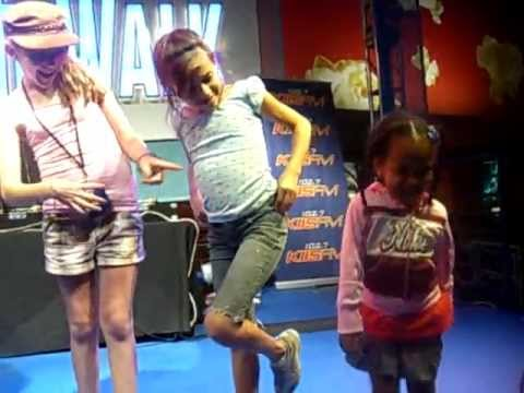 Harmony Bailey In A Joke Contest At 3 Years Old
