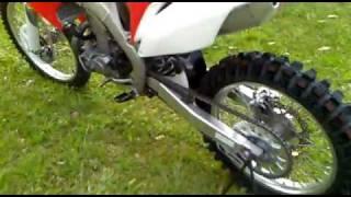 9. 2011 HONDA CRF450R Start Up & Walk Around