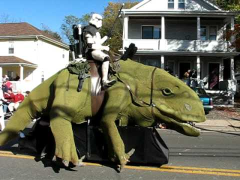 Stormtrooper and Dewback on Parade