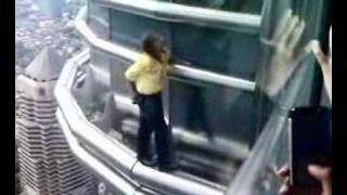 French Spiderman Scaling Petronas Twin Towers - YouTube
