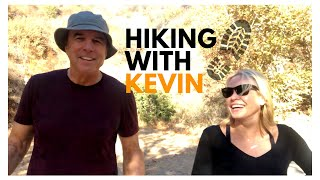 Video HIKING WITH KEVIN -  CHELSEA HANDLER MP3, 3GP, MP4, WEBM, AVI, FLV Mei 2018