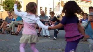 Video Almost Acoustic - Hvězdná obloha (live Slavonice)