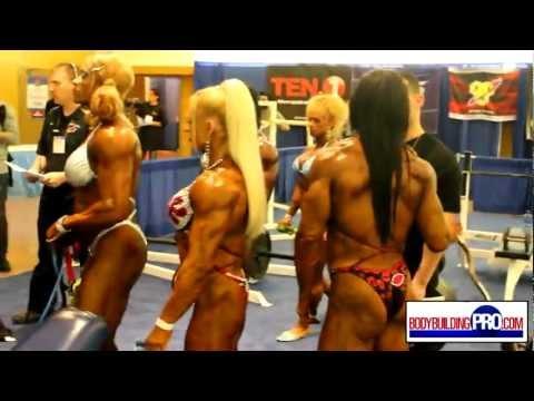 Female Bodybuilders Pump Room – 2013 Arnold