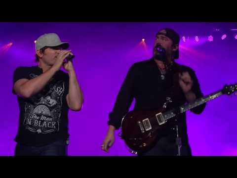 Jerrod Niemann & Lee Brice  Little More Love/I Can Drink To That All Night Lowell, MA 3-17-16