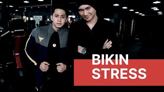 Video KAMERAMEN DEDDY BIKIN STRESS! MP3, 3GP, MP4, WEBM, AVI, FLV Juni 2019