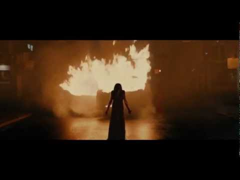 CARRIE - HD Trailer deutsch   Ab 6.12.2013 im Kino