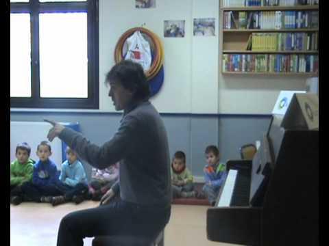 Pianojolea - Piano jolea etorri zen Txinkorta ikastetxera eta oso ondo pasatu genuen berarekin.