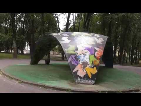 art obekt, naves ot dojdia v kremlevskom parke