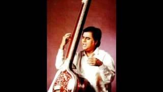 Download Lagu JAI JAI GANPATI BHAKTAN HITKAAREE Mp3