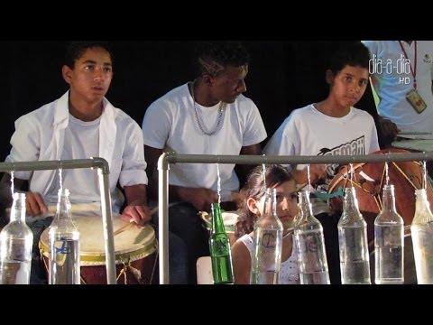 Instituto Brasil Solidário: veja vídeo da Orquestra de garrafas