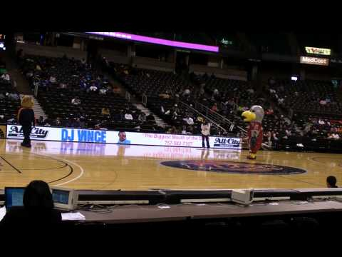 Morgan State University - MEAC Tournament 2009 - Mascot Dance Off 2