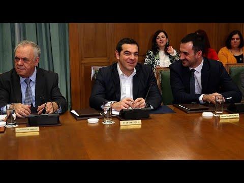 Α. Τσίπρας: «Η Ελλάδα βαδίζει με σταθερότητα στο δρόμο της ανάκαμψης»…