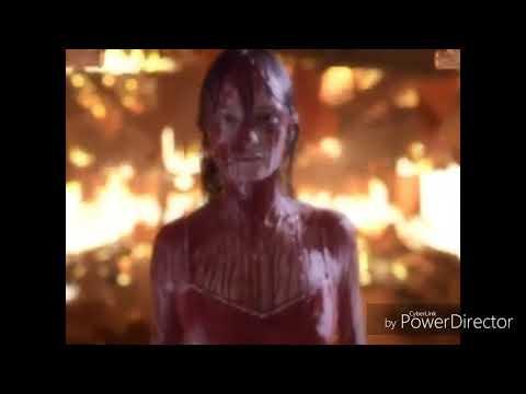 Carrie 2002 vs 2013 : Cena do Baile