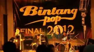 Fernando L H Fredo   Greatest love of all George benson cover @Final Bintang pop UI 2012