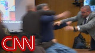 Sąd odmówił mu minuty z pedofilem, który molestował jego córki! Sam postanowił wymierzyć sprawiedliwość!