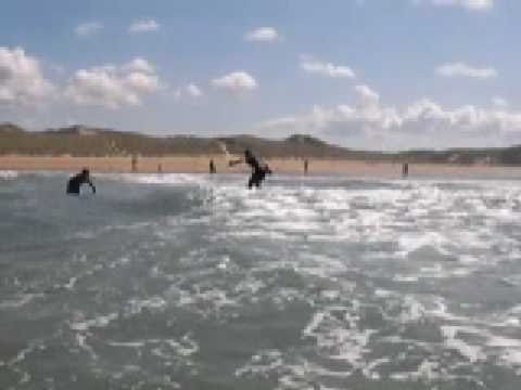Wideo Turfnsurf lodge Bundoran