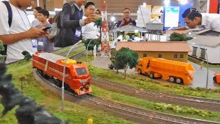 Miniatur Kereta Api Indonesia PT INKA Industri Kereta Api