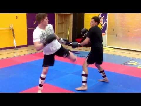 Kelowna Martial Arts Centre – MMA Class